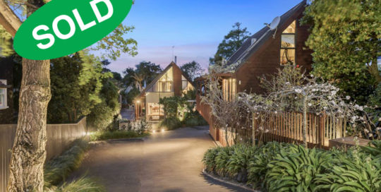 138 LONG DRIVE, ST HELIERS, AUCKLAND - sold by Kelly Midwood