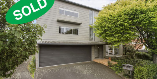 3/207 ST HELIERS BAY ROAD, ST HELIERS, AUCKLAND - sold by Kelly Midwood
