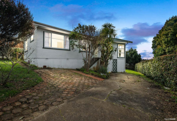 46 STRONG STREET, ST JOHNS, AUCKLAND - marketed by Kelly Midwood