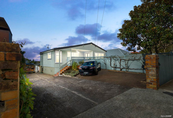 66 WEST TAMAKI ROAD, ST HELIERS, AUCKLAND - marketed by Kelly Midwood