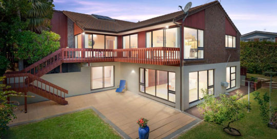 4 WYNSFIELD GARDEN, ST HELIERS, AUCKLAND - marketed by Kelly Midwood