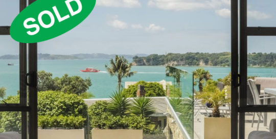 413 Riddell Road, Glendowie, Auckland - sold by Kelly Midwood